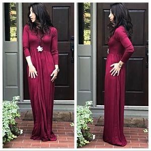 Dresses & Skirts - ✨LAST ONE✨Wine long sleeves side pocket maxi dress